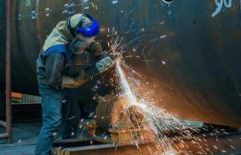 مشاغل سخت و زیانآور چیست و آن چه که کارگران باید دربارهاش بدانند